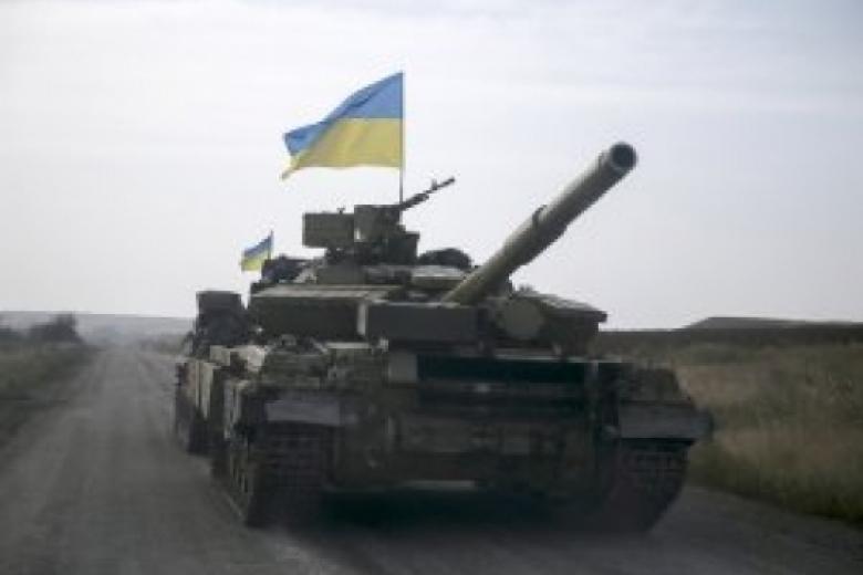 На границе с Крымом отмечена концентрация украинской бронетехники