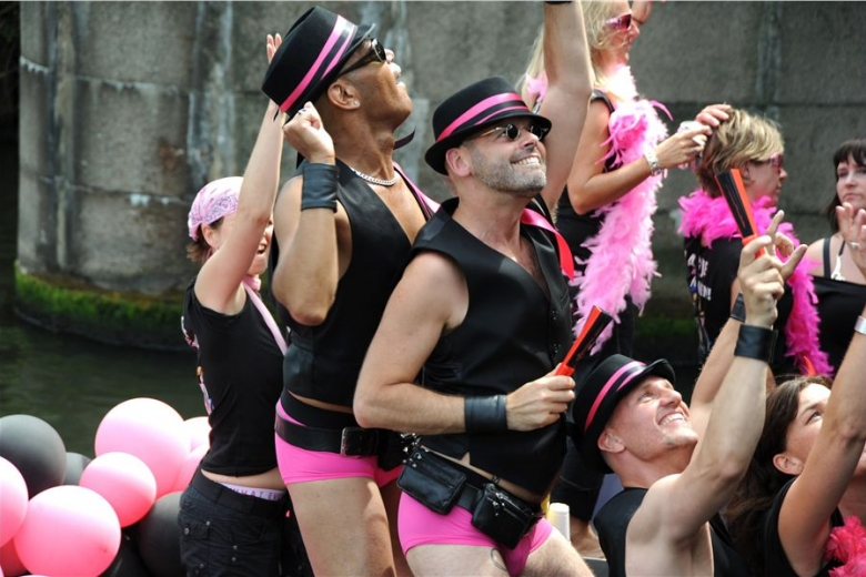 orgii-transov-i-biseksualov