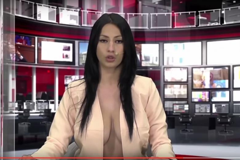 Ведущий ржет в прямом эфире порно