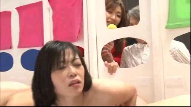 японское порно шоу фото