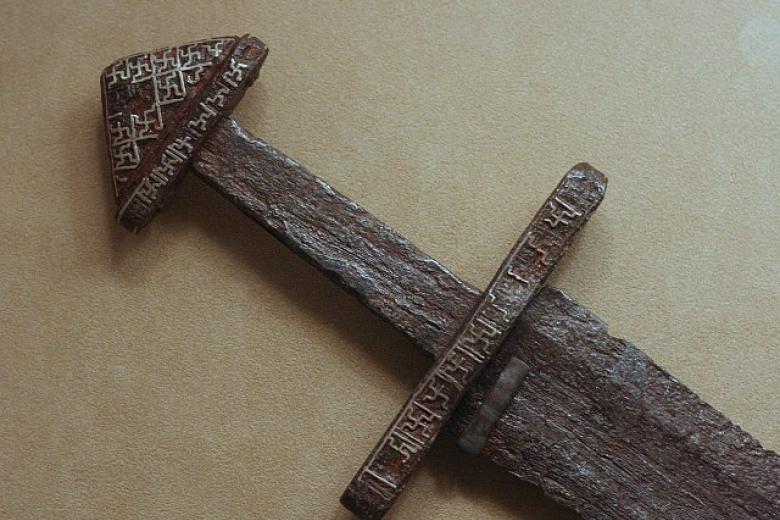 ВИсландии вовремя охоты нашли тысячелетний меч викингов