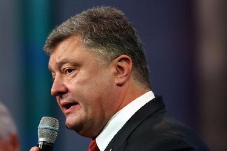 Санкции противРФ будут обсуждаться на совещании СНБО— Порошенко