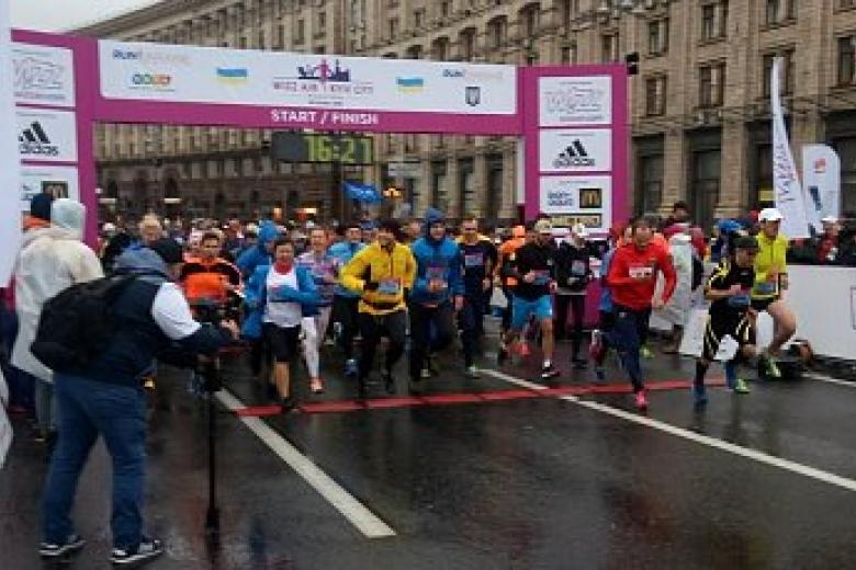 Кличко дал старт Киевскому международному марафону
