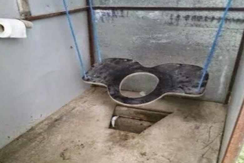 Мэр Бахмута ве-декларации указал баню, туалет и11 единиц оружия