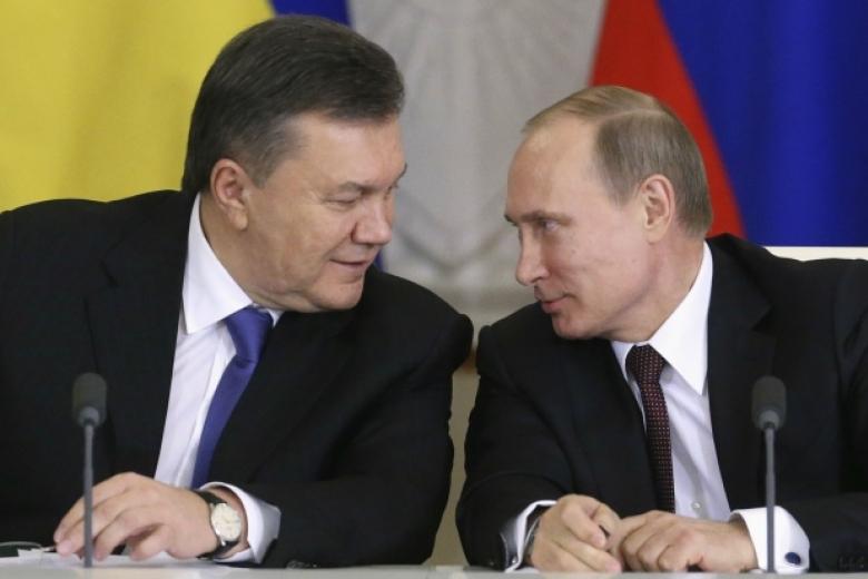 Позиция В.Путина поКрыму правильная, вызывающая почтение,— Янукович обоккупации полуострова