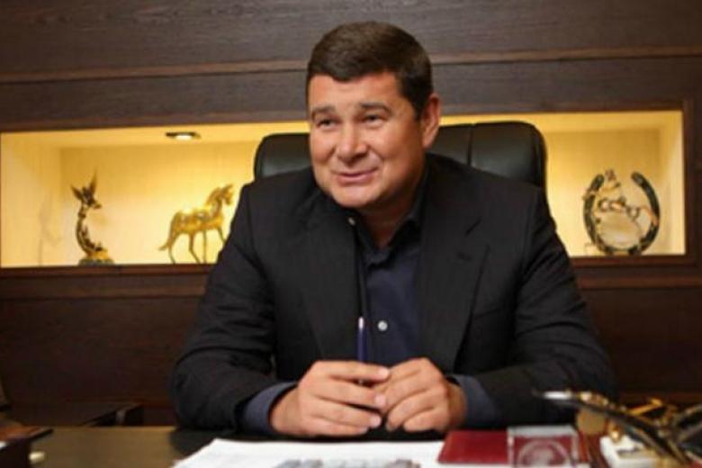 Онищенко может быть замешан внезаконных поставках газа вКрым,— Луценко