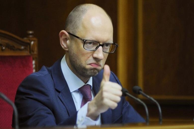 Яценюк будет судиться застатью про покупку вилл вМайами