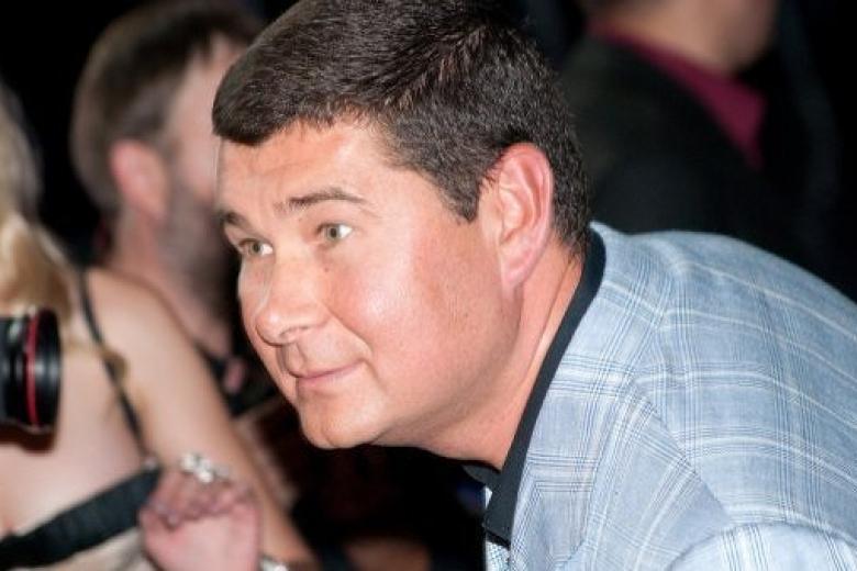 Беглый народный депутат Онищенко обвинил своего юриста вразглашении тайны