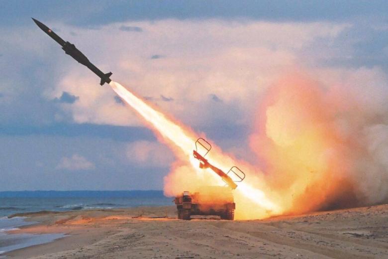 ВУкраинском государстве показали старт новоиспеченной высокоточной ракеты вблизи