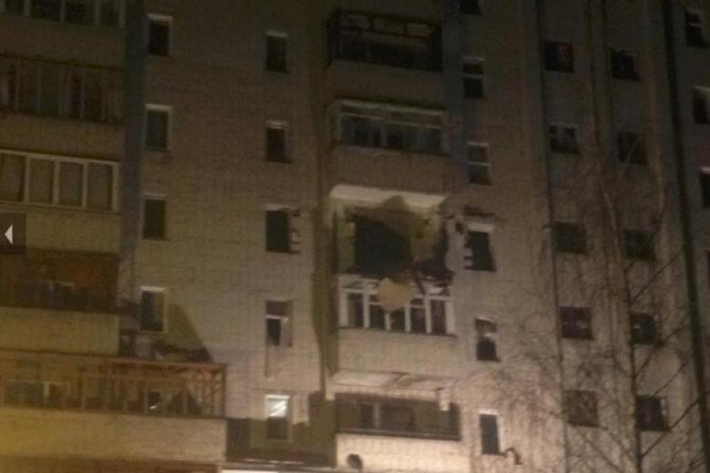ВСумах вквартире многоэтажного дома произошел взрыв, есть жертвы