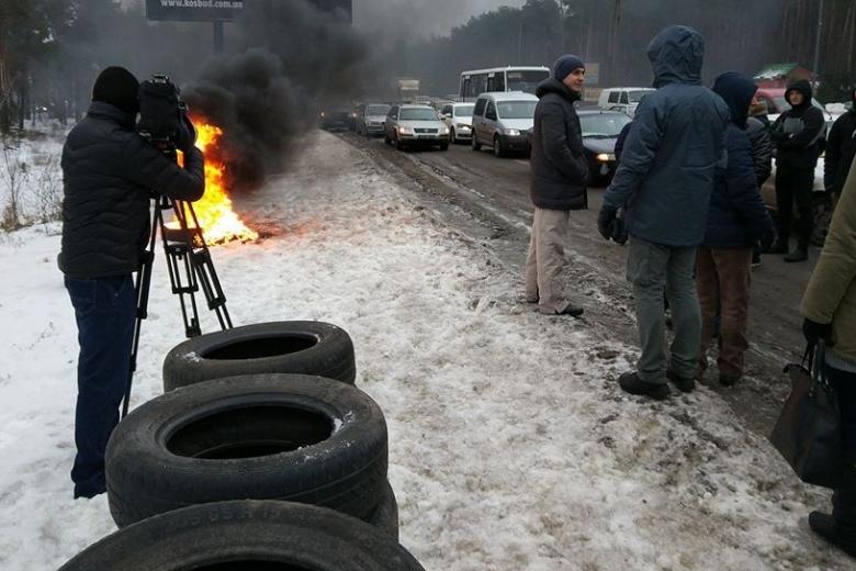 ВКиеве сутра палят шины— Митинг вУкраинском государстве