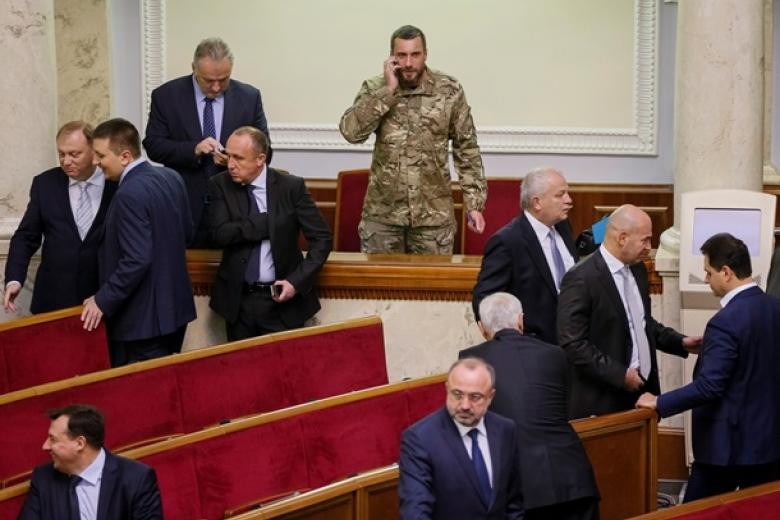 Генеральный прокурор внесет вВР представление напривлечение кответственности 3 нардепов