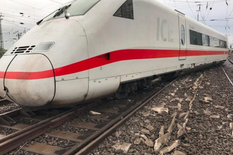 ВДортмунде срельсов сошел поезд, есть пострадавшие