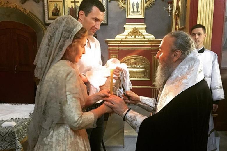 Владимир Кличко иОксана Марченко стали крестными родителями дочери Шуфрича