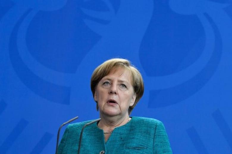 1-ый  день саммита G20 вГамбурге— Рукопожатия ипротесты