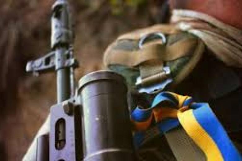 Украинские военные показали трофейное оружие