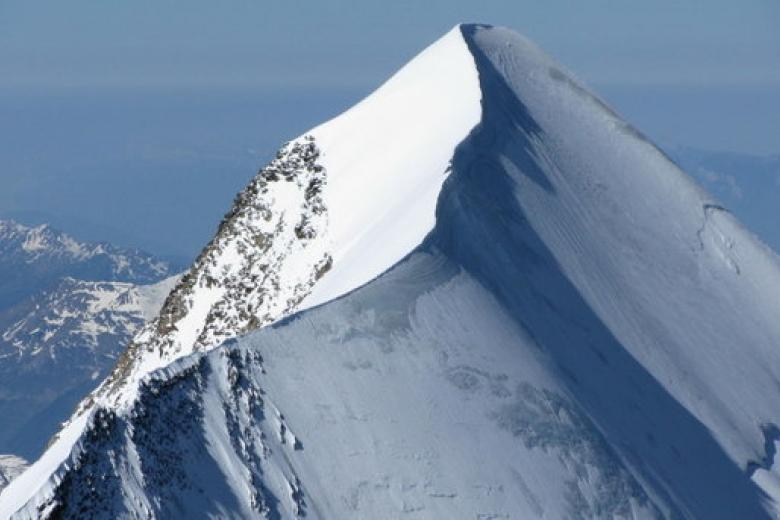 Нагоре Монблан умер  украинский альпинист
