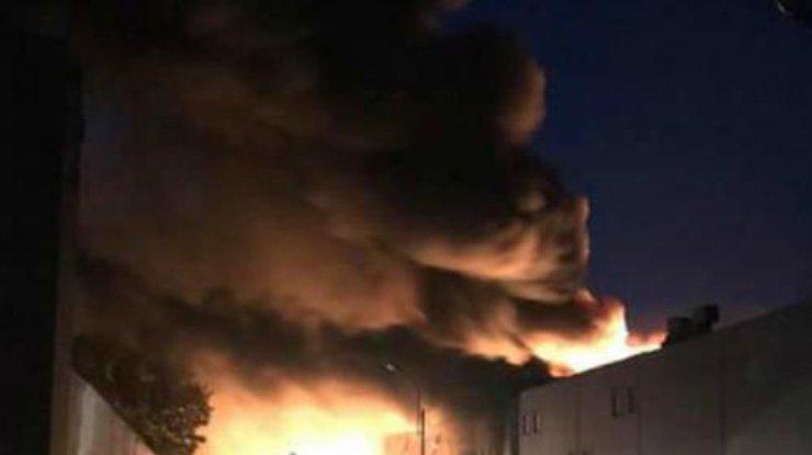 ВБелой Церкви— пожар нафармацевтическом заводе «Биофарма»: людей просят закрыть окна