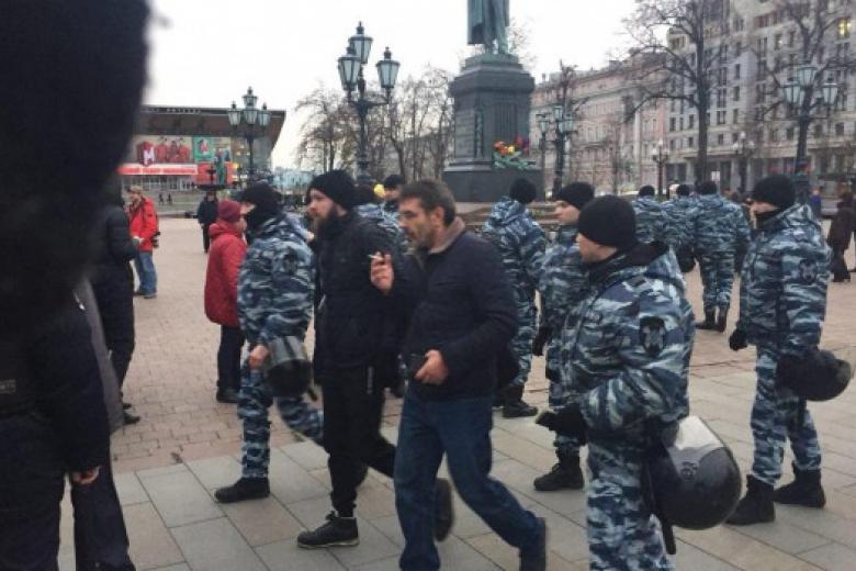 В столице задержаны десятки людей нафоне опасений антиправительственных выступлений