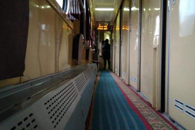 Запорожье: Завтра свой 1-ый рейс совершит поезд-трансформер Киев