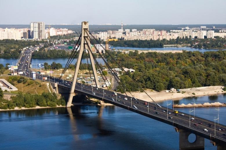 ВКиеве перекроют Московский иЮжный мост: когда инасколько