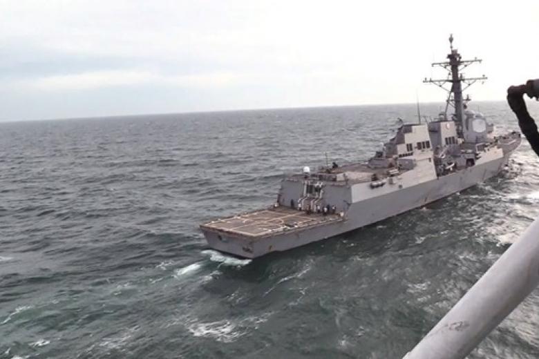 Вертолеты ВМС Украины провели общую тренировку с североамериканским эсминцем