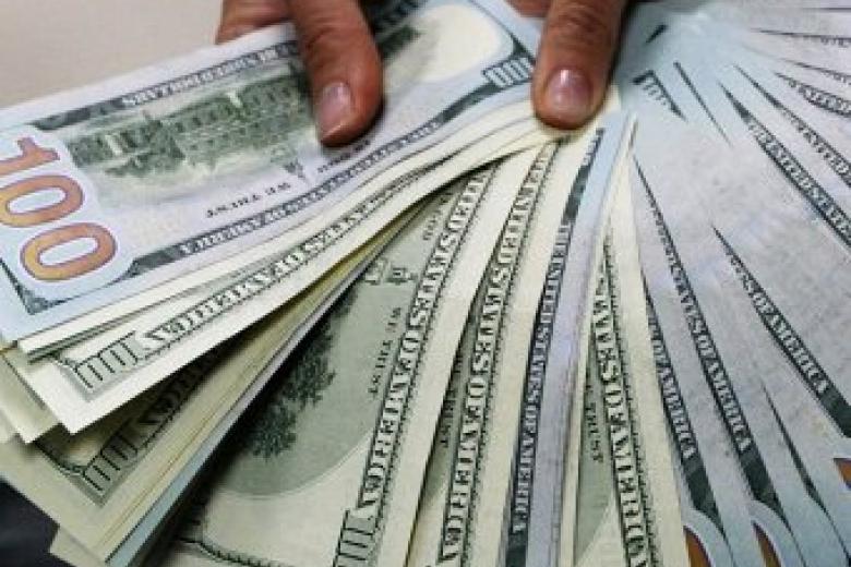 Доллар подорожал практически накопейку— Курсы валют
