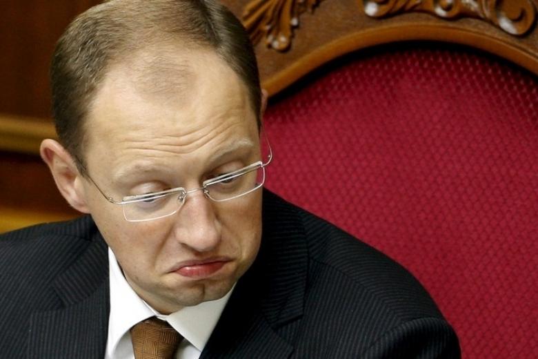 Яценюка задержали ваэропорту Женевы позапросу Российской Федерации
