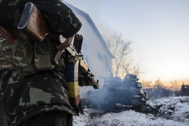 Взоне АТО боевики засутки провели 9 обстрелов, ранен украинский военный