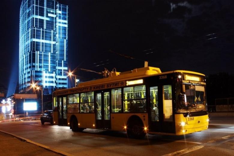 Вночь на7января продлено время работы всех видов городского автомобильного транспорта