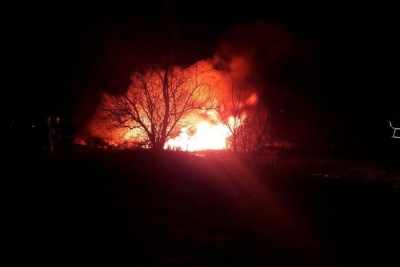 СМИ говорили о столкновении вертолёта стелевышкой вКременчуге