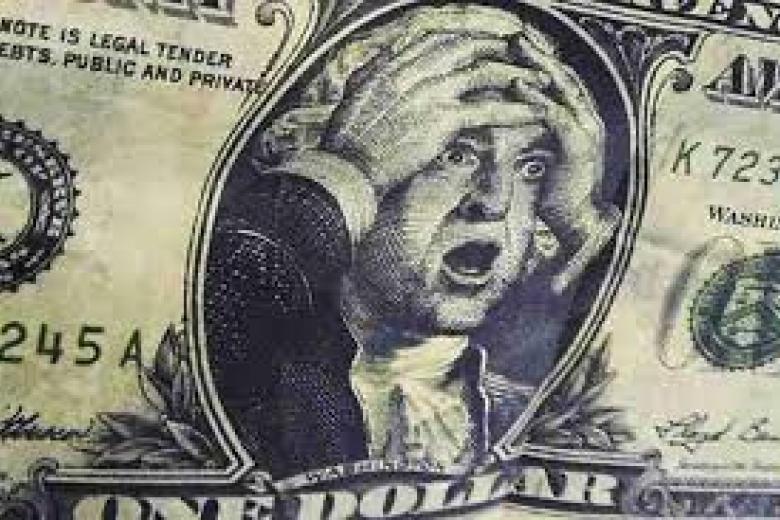 Курс доллара вырос до56,07 рубля