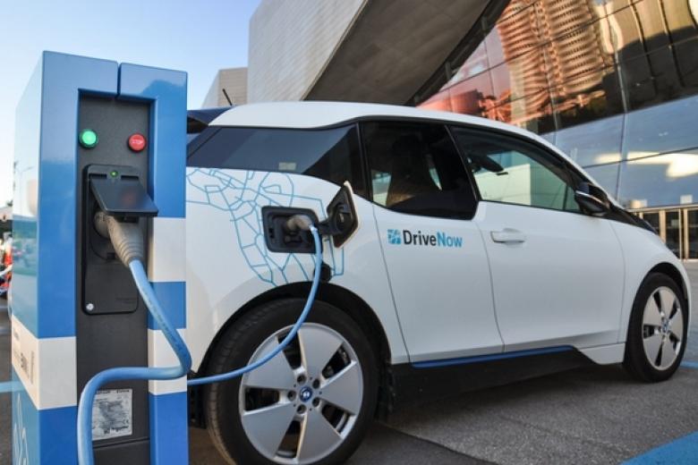 Электрокары станут дешевле машин сДВС к 2025 — специалисты