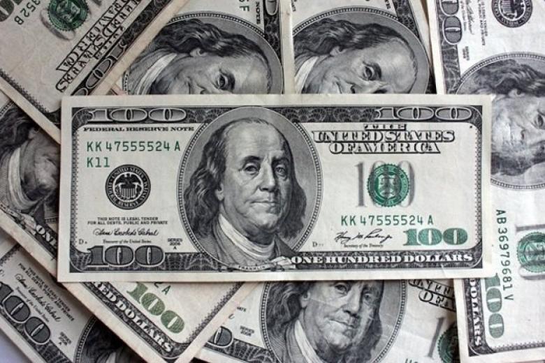 Доллар иевро выросли вцене на валютных торгах среды